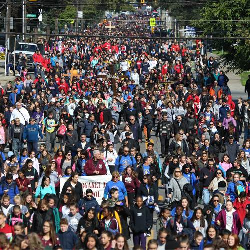 "Students ""walk with Christ"" at 15th annual Pilgrimage"